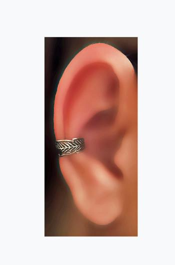 Feather Design Silver Oxidized Ear Cuffs, teen jewelry, junior,fashion jewelry, trendy jewelry, no piercings ear jewelry, minimalist ear cuff, Celtic ear cuff, sterling ear cuff, silver cuff, accessories for teens, 2016 accessories, jewelry for girls, trending jewelry, chic ear cuff, Chic Jewelry, fresh trends, custom jewelry, cosplay jewelry, Ear Cuff, Fake Ear Cuff, Cartilage Earring, Faux Ear Cuff, Five hoops Ear Cuff, Conch Piercing Looks, Cartilage Fake Piercing, Silver Ear Cuff, Auricle earring, cosplay earring, custom earring, custom, cosplay, auricle, keloid, oxidized ear cuff,